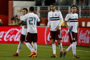 Oswaldo Alanís, Marco Fabián, Diego Reyes, Equipo