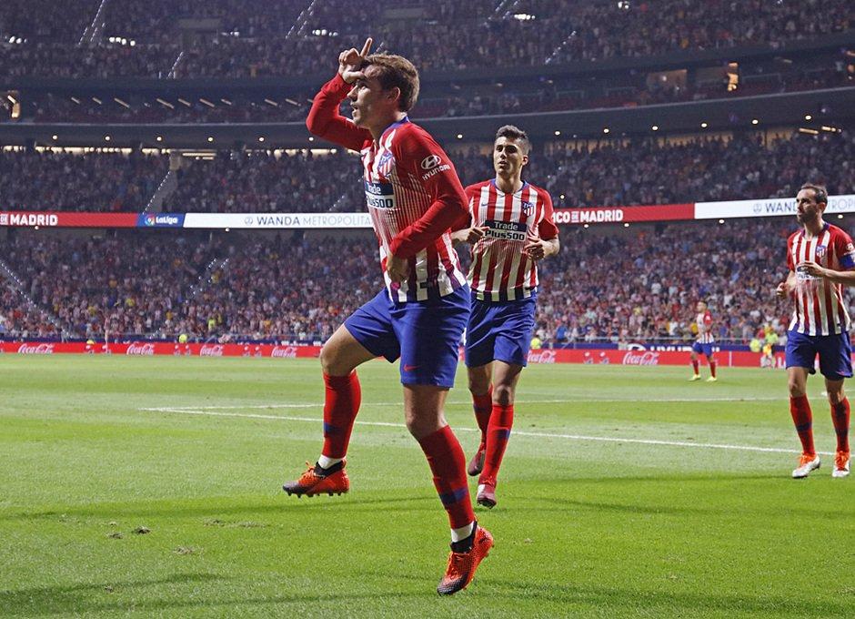 Atlético de Madrid, Uniforme, Colores, Quejas, Reacciones, Fanáticos