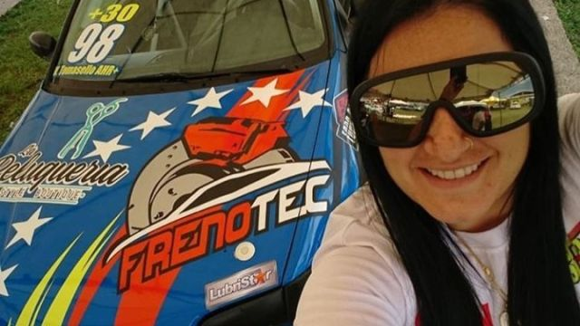 Toyota Grand Prix Automovilismo Piloto Tomasello Accidente Selfie