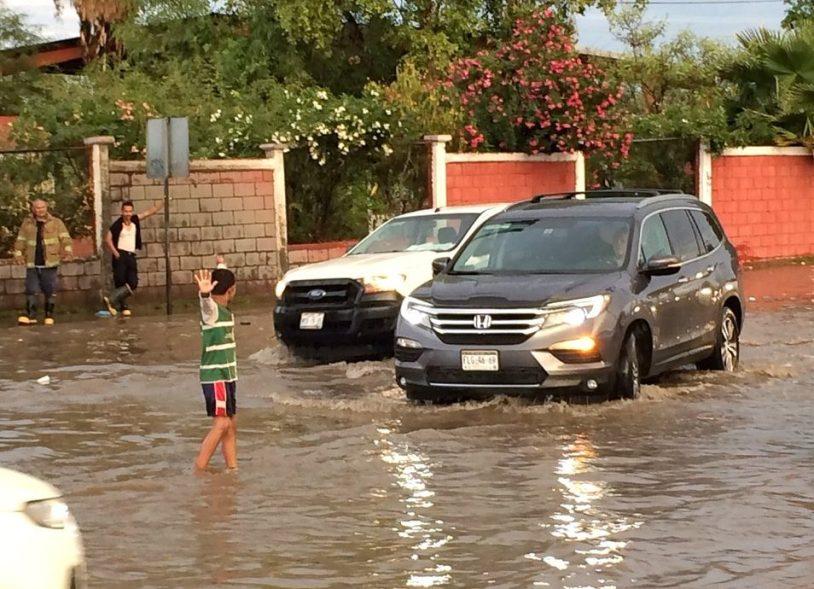 Santos, Entrenamiento, Ángel, Sueño, Torreón, Inundaciones