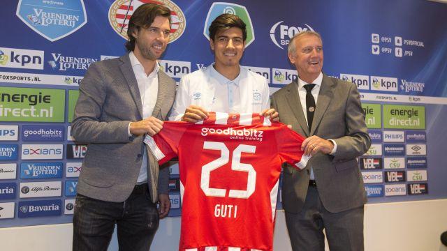 Erick Gutierrez PSV Champions League Jugar Chucky Lozano
