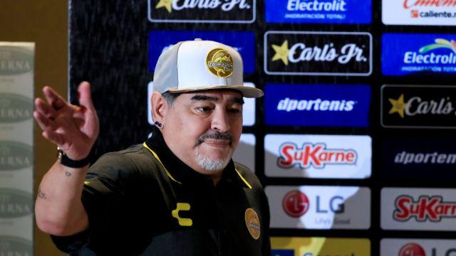 Maradona Emotivo Discurso Jugadores Previo Debut