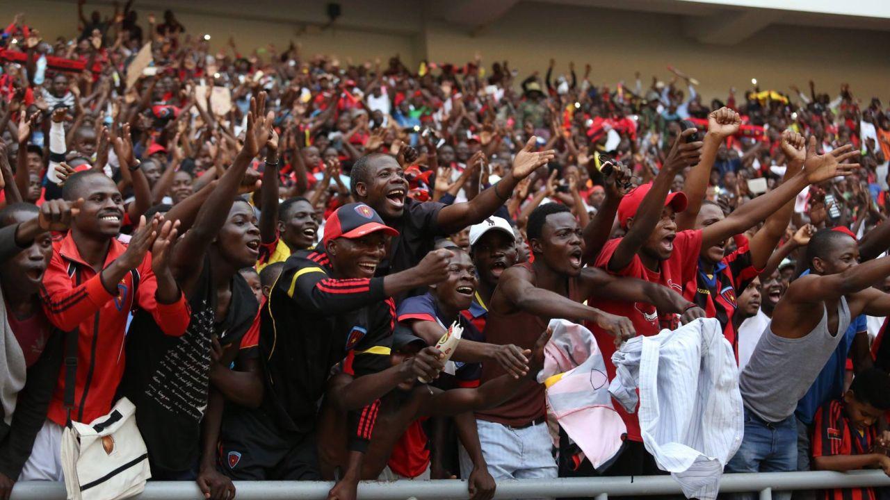 Mueren Cinco Personas Avalancha Champions League África Los Pleyers