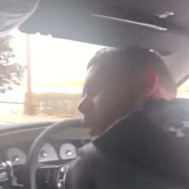 Boxeador humilla a mujer a la que le ofrecía sexo por drogas [Video]