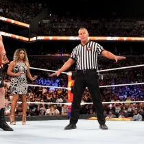 Roman Reigns, WWE, Cáncer, Leucemia Los Pleyers