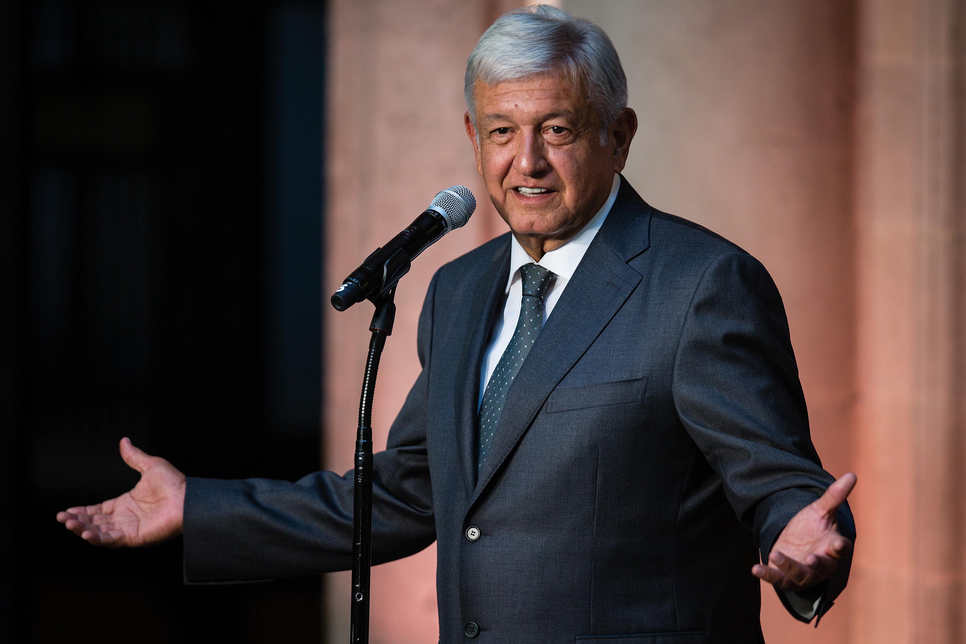 Andrés Manuel López Obrador, Cuarta Transformación, AMLO, Deporte Los Pleyers