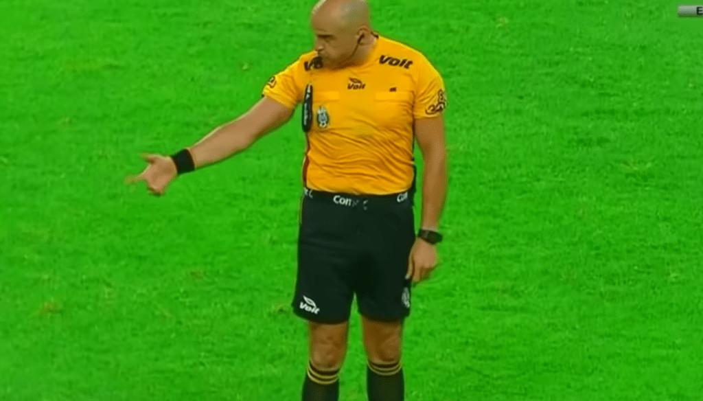 Árbitro Francisco Chacón Taurino Liga MX