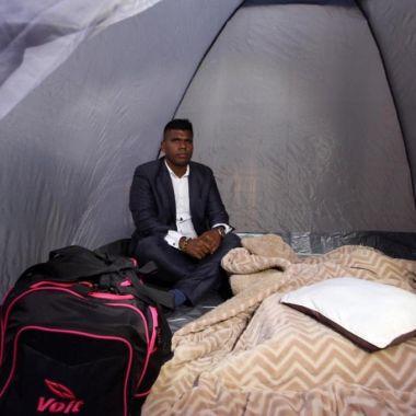 Así pasó su primera noche árbitro que comenzó huelga de hambre en la FMF