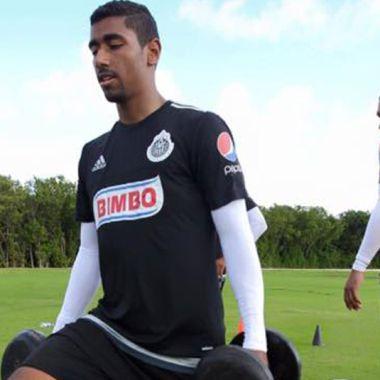 Jugador de Chivas probará suerte en Europa