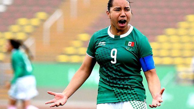 09/01/2020. Charlyn Corral Tri Femenil Preolímpico Ausencia Los Pleyers, Charlyn Corral en un partido con México.