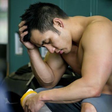 ¿Por qué duele el cuerpo cuando empiezas a hacer ejercicio y cómo evitarlo?