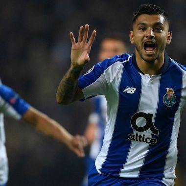 28/11/2018, Reportan robo a casa de Tecatito Corona en Porto