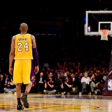 13/04/2013. Kobe Bryant Helicóptero Video Accidente Los Pleyers, Kobe Bryant en un juego con Lakers.