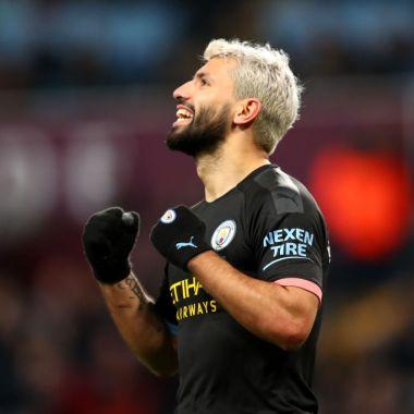 12/01/2020. Manchester City Jugadores Fiesta Modelos Los Pleyers, Sergio Agüero celebra un gol.