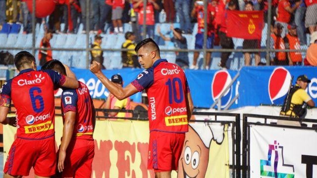 30/12/2019. El futbolista Othoniel Arce se despidió de Guatemala como campeón y ahora jugará en el Melgar de Guatemala