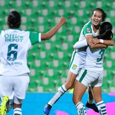 25/02/2020, Yamile Franco anota gol olímpico con el León en la Liga MX Femenil