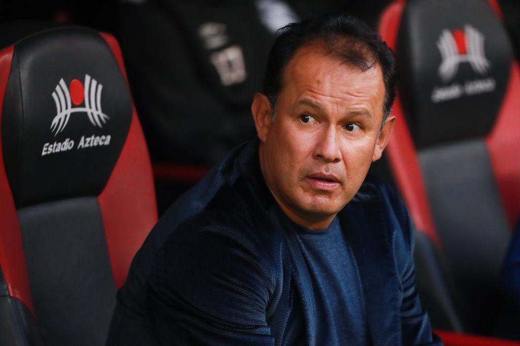 26/10/2019. Puebla Juan Reynoso Afición Resultados Los Pleyers, Juan Reynoso en el Estadio Azteca.