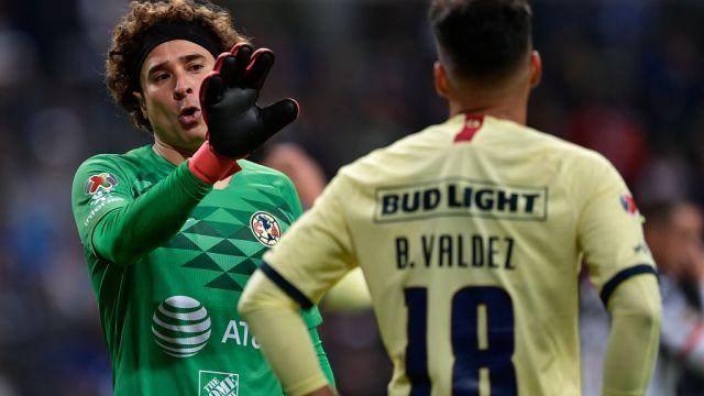 22/02/2020. Bruno Valdez América Alemania Interés Los Pleyers, Guillermo Ochoa y Bruno Valdez.