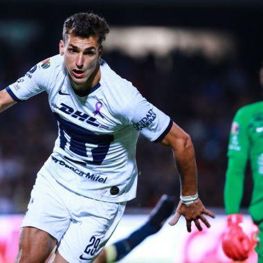 06/03/2020. Juan Ignacio Dinenno América Pumas Fichaje Los Pleyers, Dinenno celebra un gol con Pumas.