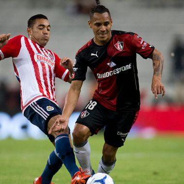11/11/2015, Para Marco Fabián es más importante el Clásico Tapatío que Nacional y no descarta fichaje con Chivas