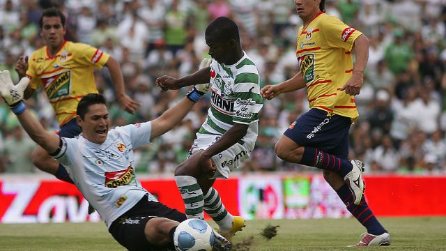 15/05/2010, Moisés Muñoz, Monarcas Morelia, Liga MX, Jugadores