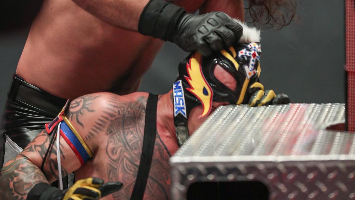 11/05/2020, Rey Mysterio, WWE, Lucha Libre, Lesión