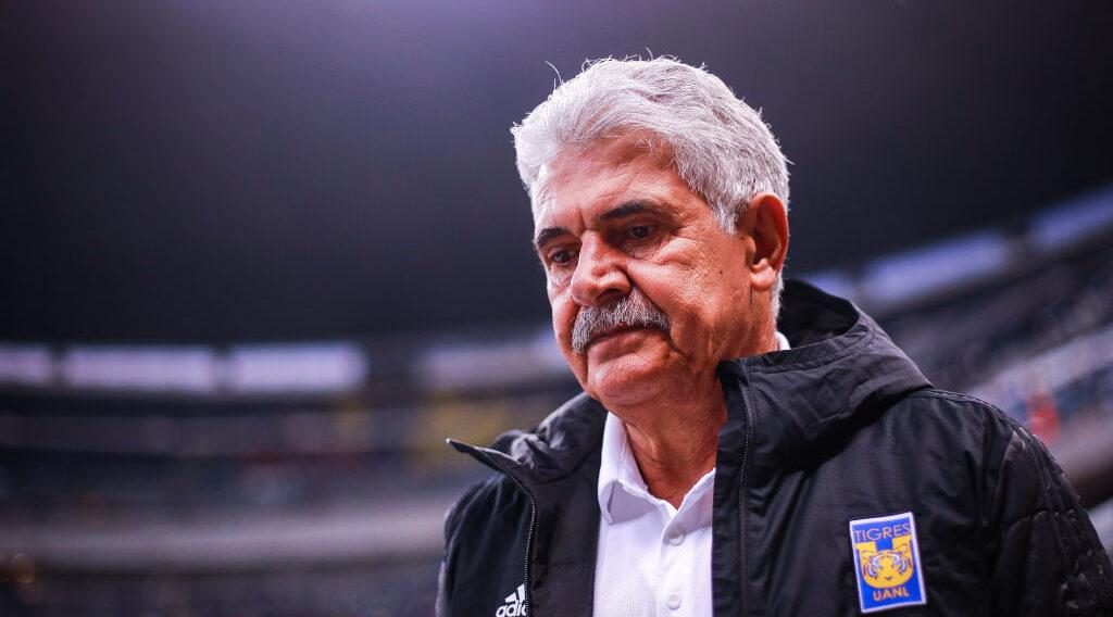 22/02/2020, Chima Ruiz quiere ser entrenador de Liga MX y propone el Tuquismo en honor a Ricardo Ferretti