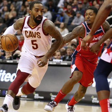 NBA: JR Smith golpea a hombre durante protestas en Estados Unidos 01/06/2020