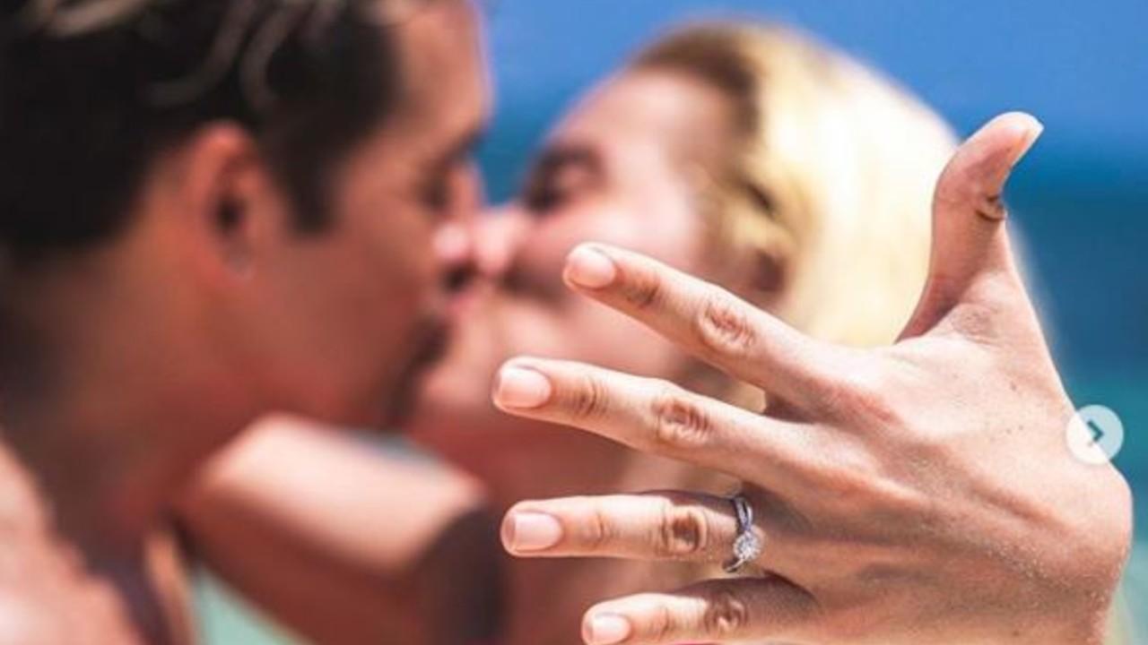Parejita López le propone matrimonio a Yulianna Peniche 30/07/2020