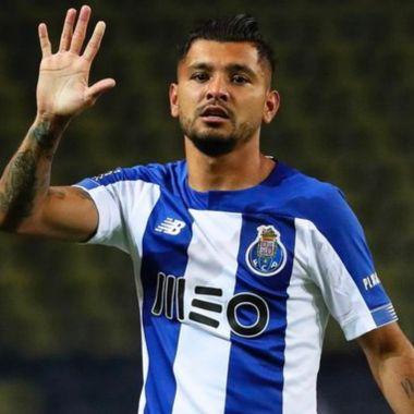 Tecatito brinda magnífica asistencia en el Tondela vs Porto 09/07/2020