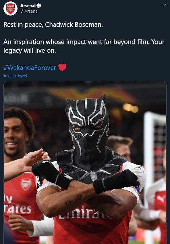Arsenal recordó a Chadwick Boseman el día de su muerte con festejo de Aubameyang