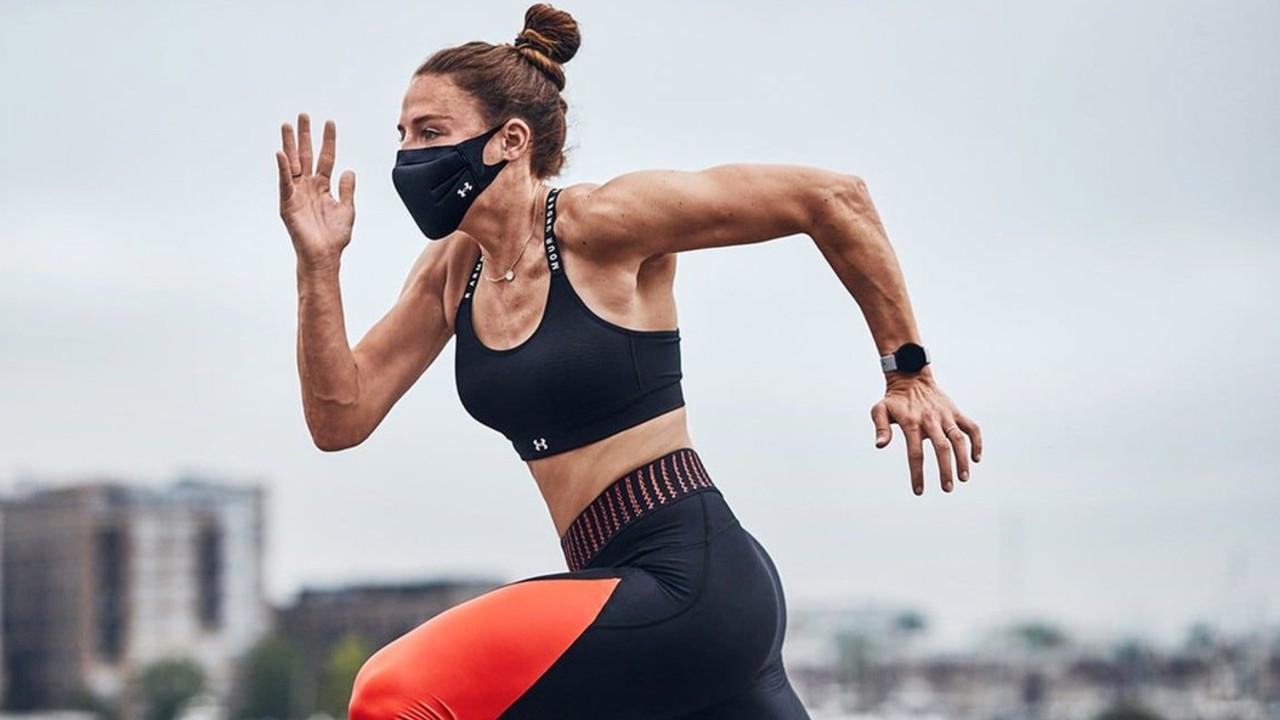 Lanzan nuevos cubrebocas para deportistas de alto rendimiento