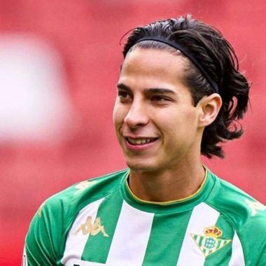 Diego Lainez supera Covid 19
