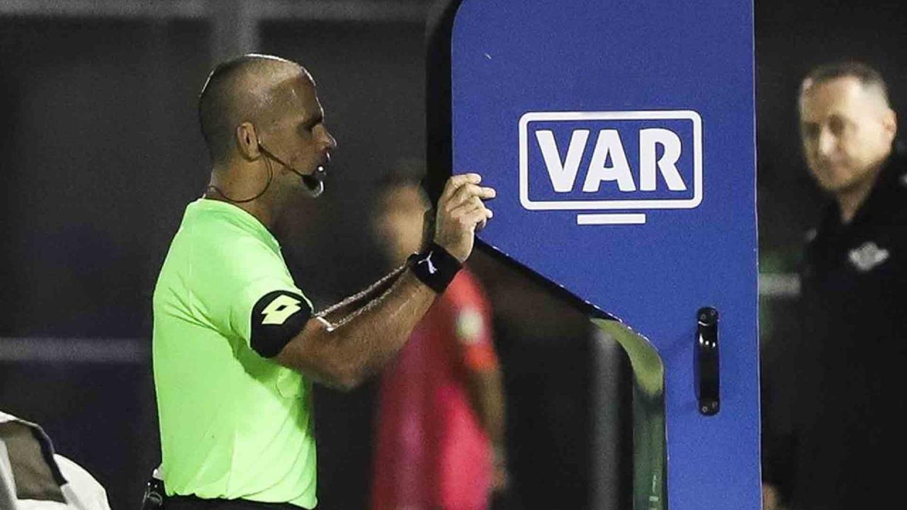 Superliga Europea florentino pérez var real madrid