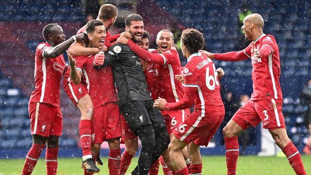 Alisson Becker, portero del Liverpool gol premier league