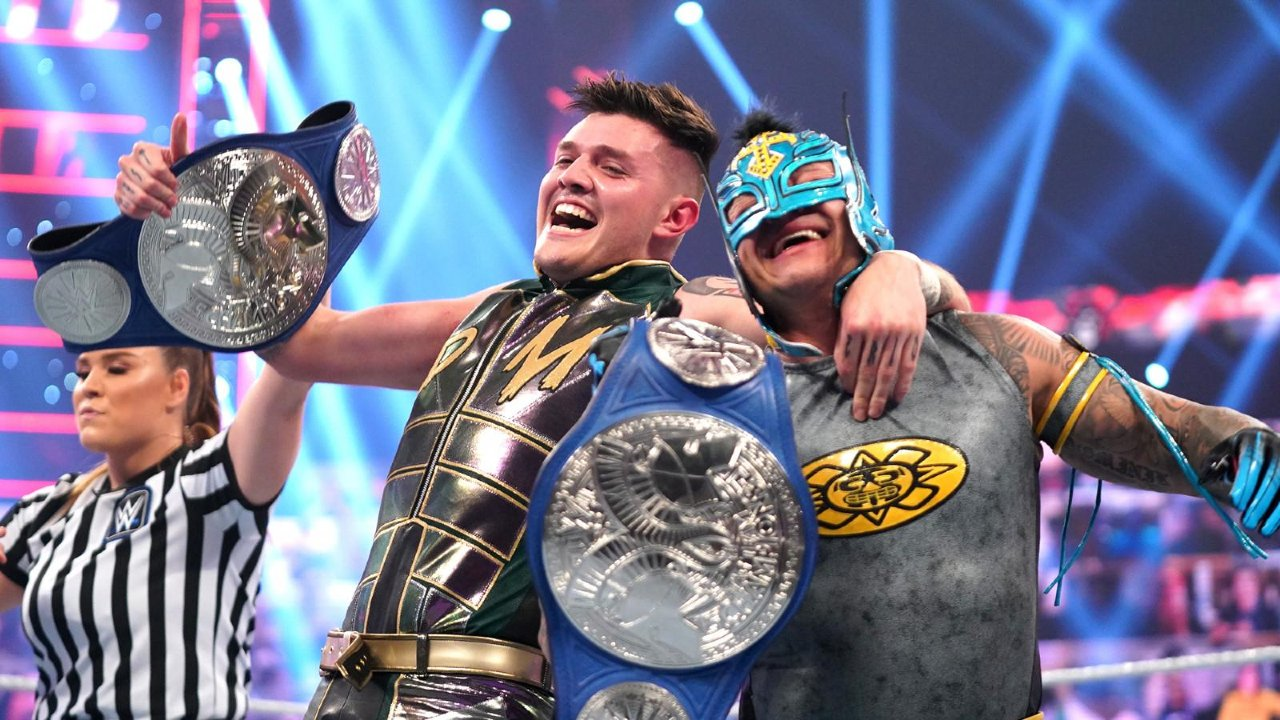 Rey Mysterio hijo Dominik WWE campeones