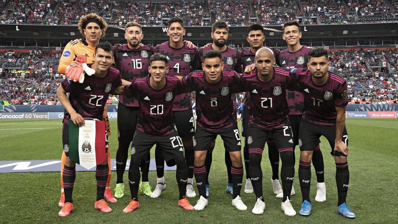 A qué hora juega México mañana panama copa oro