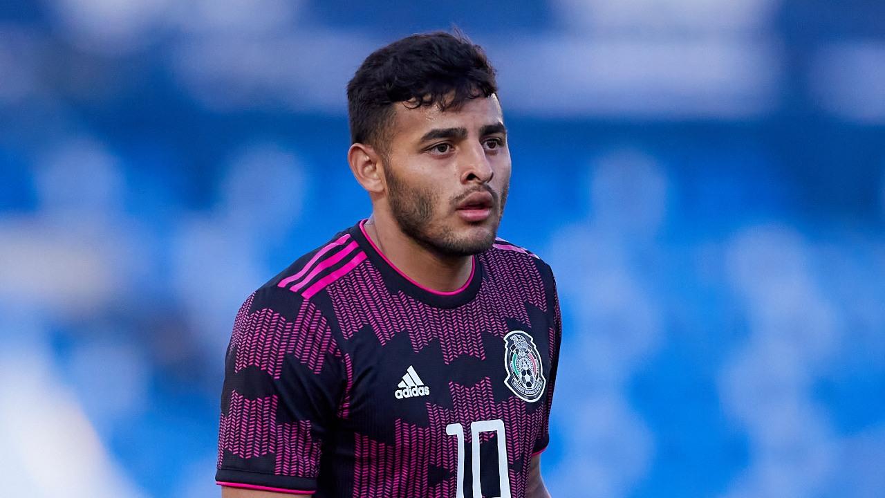 Alexis Vega Pumas UNAM debut
