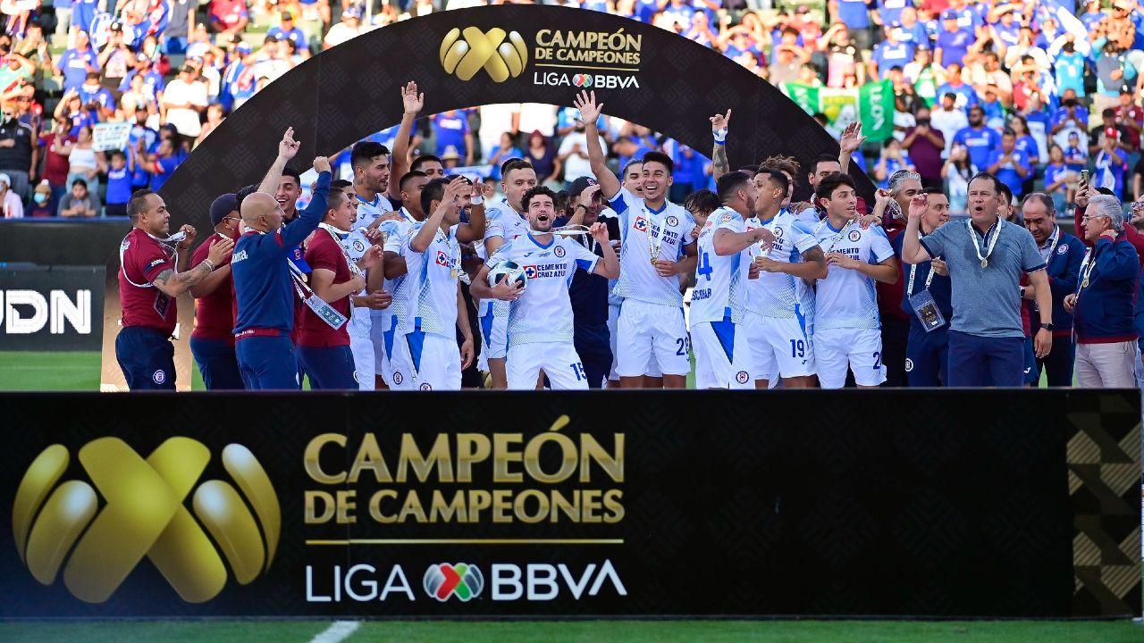 Cruz Azul FC se convierte en Campeón de Campeones tras vencer a León