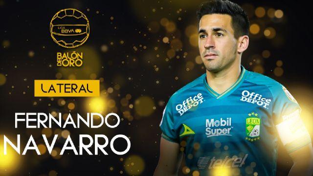 Liga BBVA MX_ Fernando Navarro gana el Balón de Oro 2021 como mejor defensa lateral
