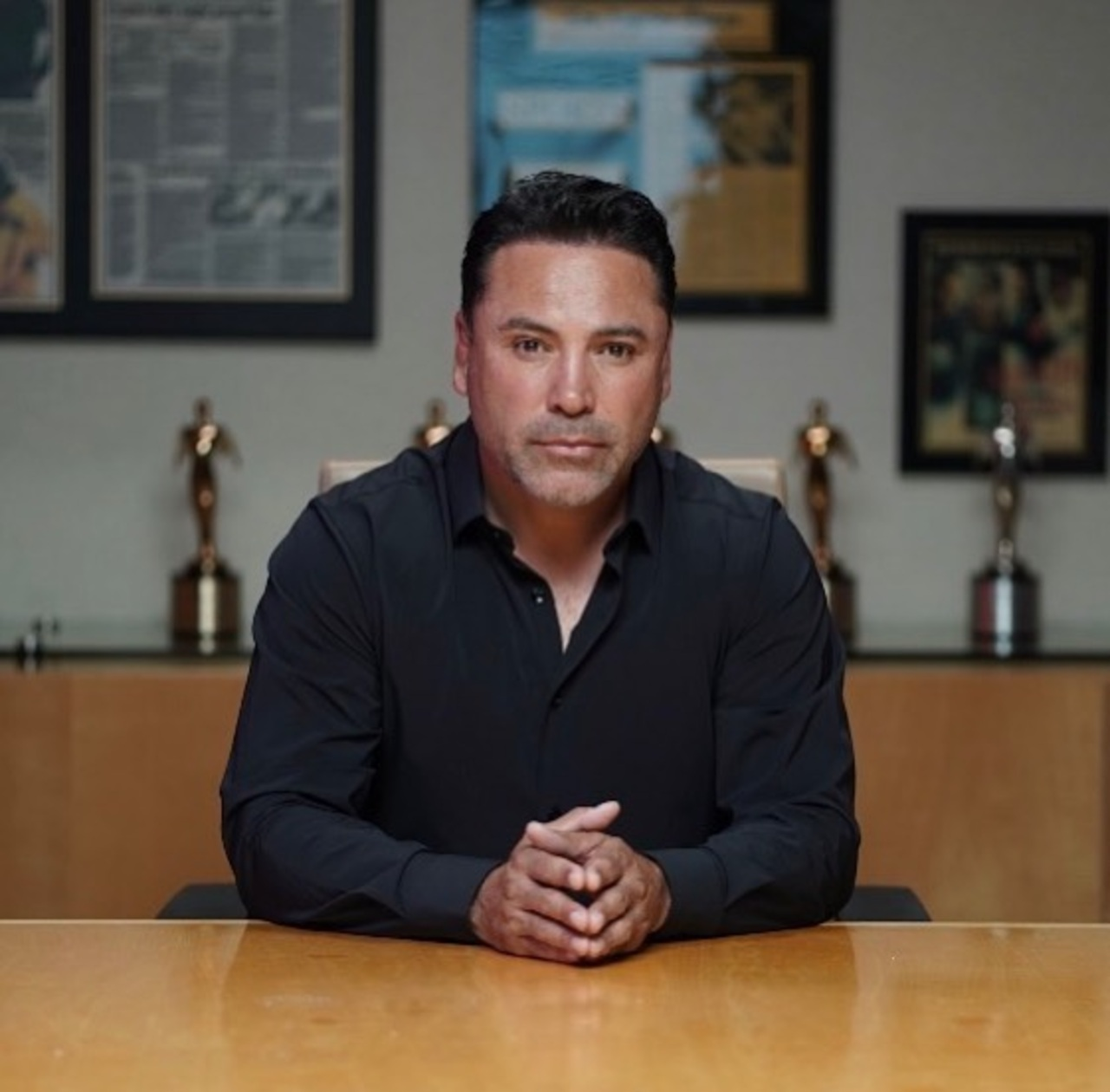 Óscar de la Hoya triste Canelo Álvarez