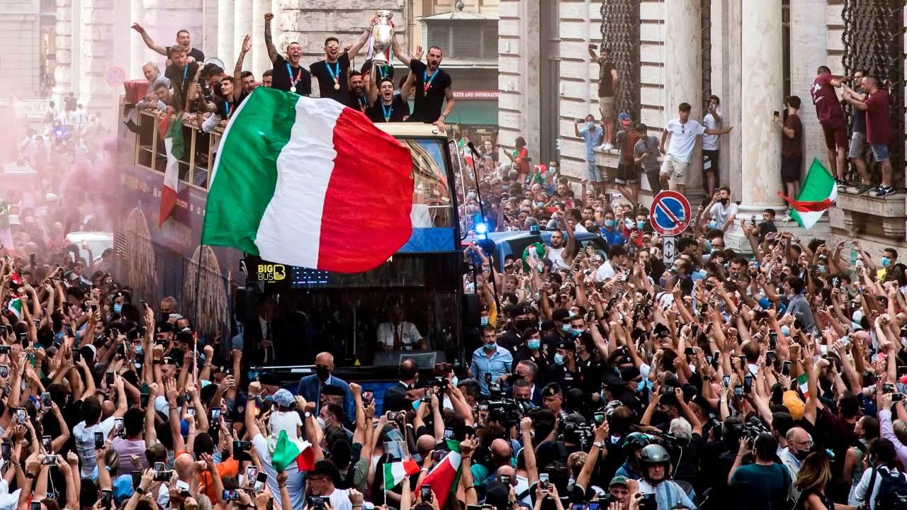Festejo italia pandemia