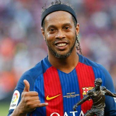 Ronaldinho Barcelona juego de leyendas
