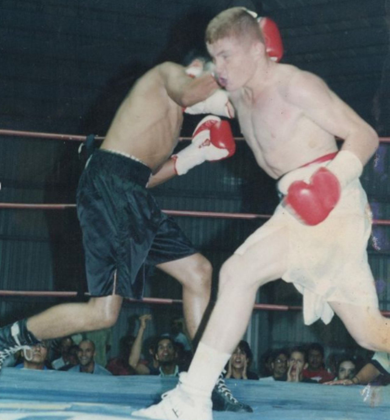 Canelo Álvarez primera pelea