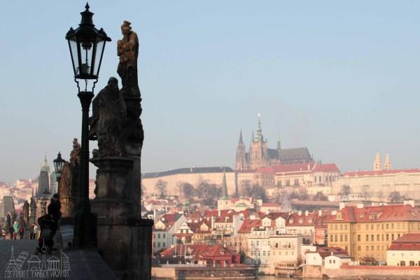 Praga Día 1 | Cambio de dinero, Malá Strana, Plaza Wenceslao y que viva la cerveza checa.