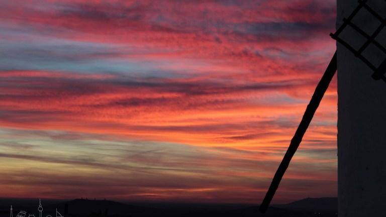 El ocaso perfecto entre los molinos de viento de Campo de Criptana