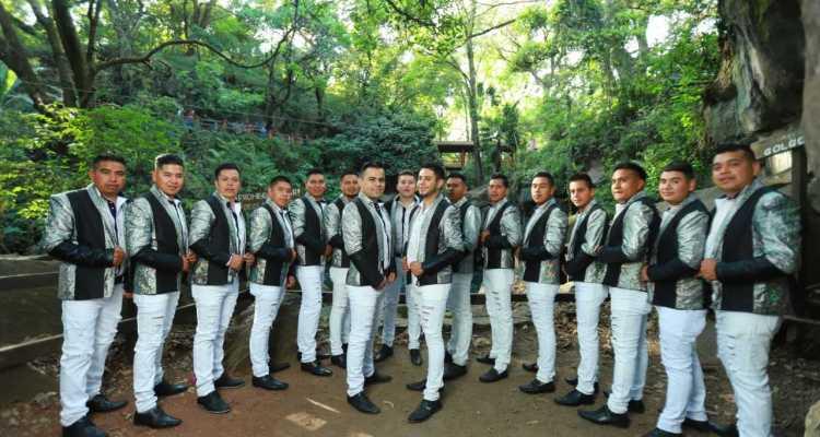 La Incomparable Banda Surena