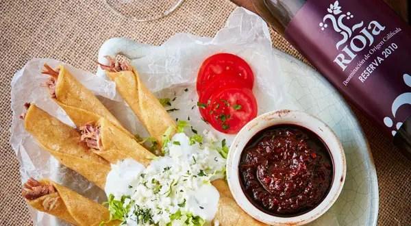 Maridaje con Rioja y comida mexicana callejera  Los