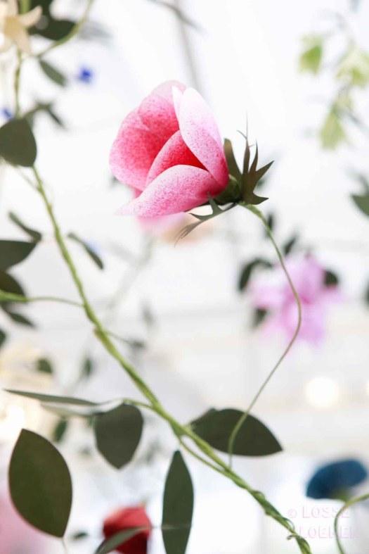 Papieren bloemen kunstwerk Edenworks showup 2017