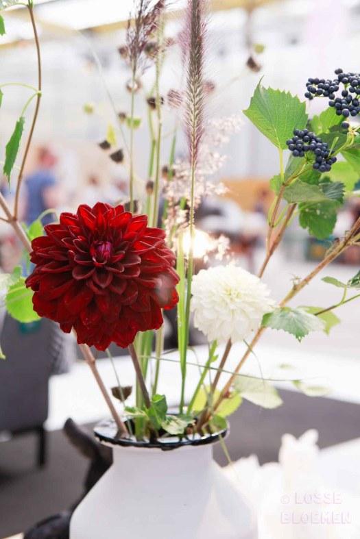 Losse bloemen in vaas showup 2017